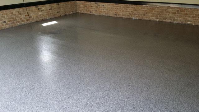 042614-garner-full-broadcast-granite-floor2-640