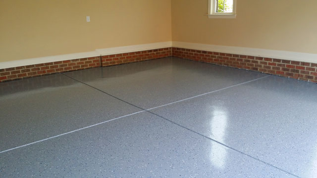 042614 Rolesville Electric Blue Flake Epoxy Floor1 640