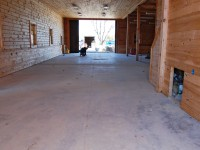barn-desert-tan-flake-epoxy-floor-raleigh-0468-900