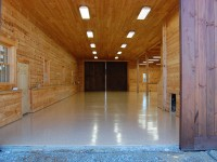 barn-desert-tan-flake-epoxy-floor-raleigh-0473-900