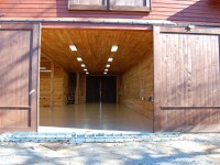 barn-desert-tan-flake-epoxy-floor-raleigh-0478-900