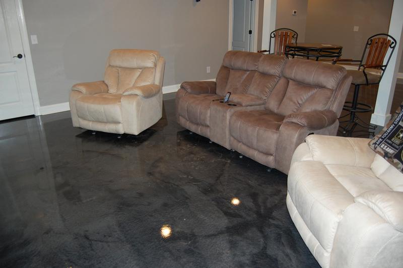 03 16 15 0533 Raleigh Basement Man Cave Metallic Epoxy Floor Refinishing 800
