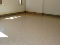 tan-epoxy-garage-floor-with-wine-flakes-raleigh-0574-800
