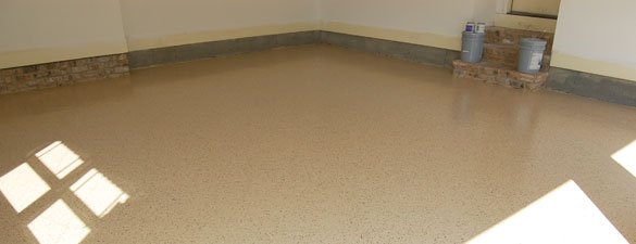 Tan Epoxy Garage Floor With Wine Flakes Raleigh FEATURED 585x225