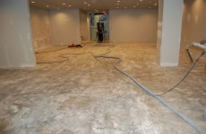 Beazer-Homes-Showroom-Raleigh-0033-silver-pearl-metallic-floor-1000